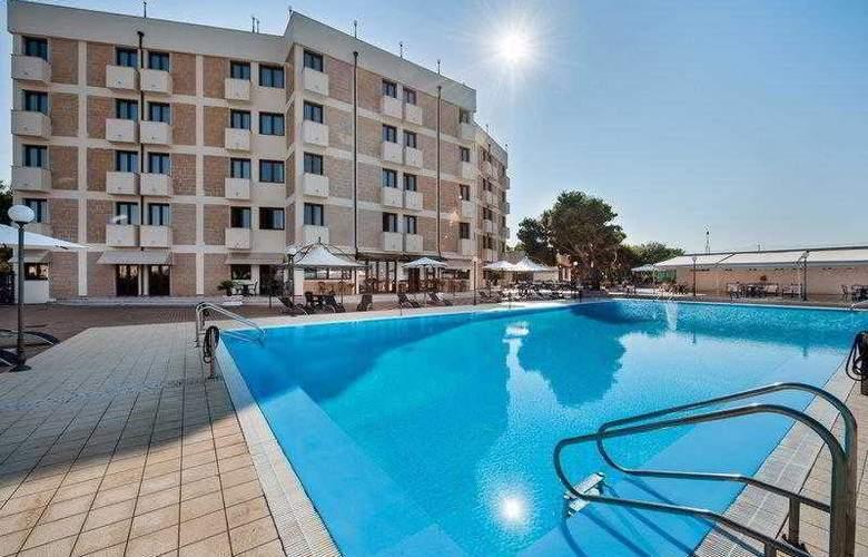 Best Western Ara Solis - Hotel - 8
