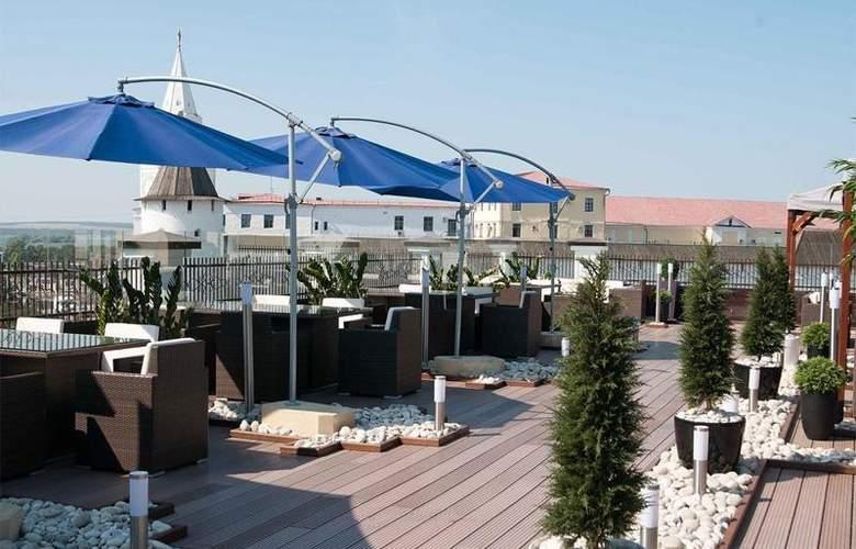 Center Hotel Kazan Kremlin - Terrace - 5