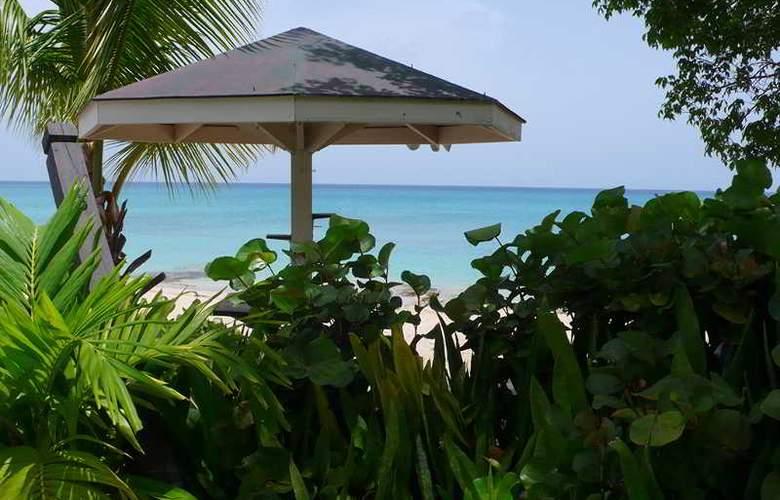 Sand Castle on the Beach - Hotel - 5