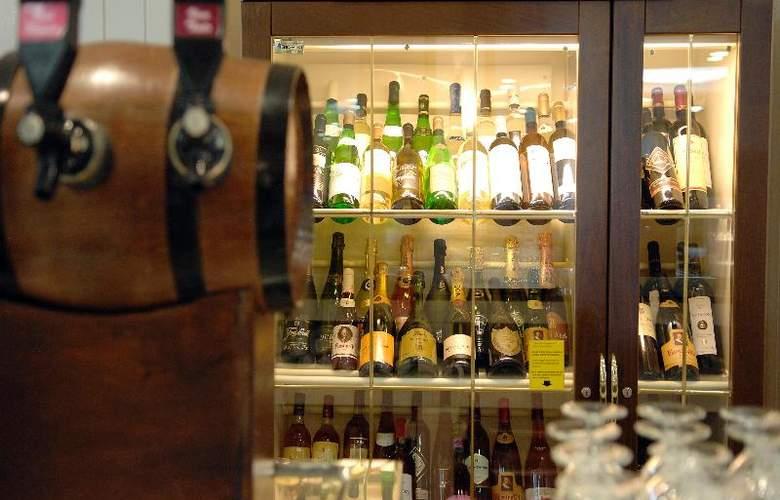 Fiesta Hotel Tanit - Bar - 21