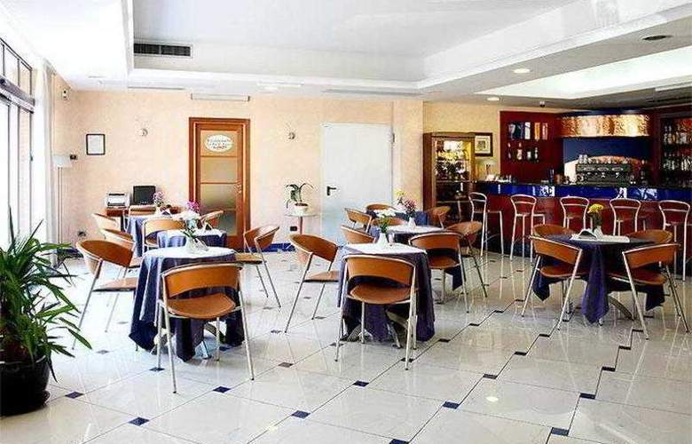 Best Western Blu Hotel Roma - General - 1