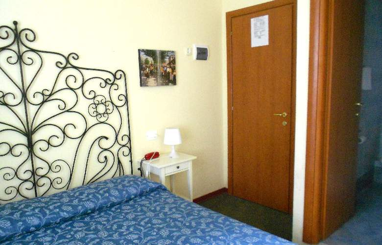 Rona Resort - Room - 3