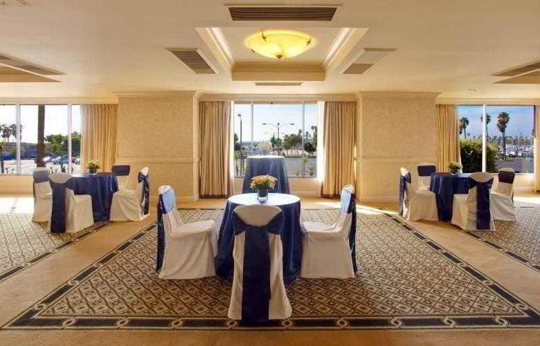 Crowne Plaza Redondo Beach - Hotel - 14