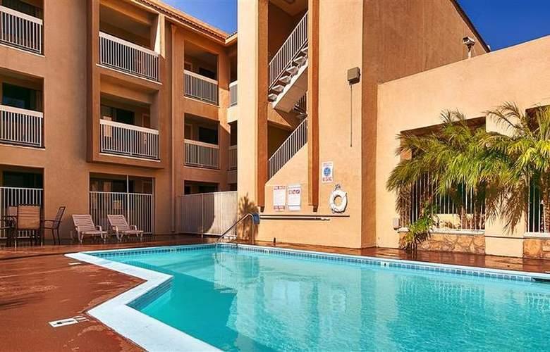 Best Western Plus Chula Vista Inn - Room - 21