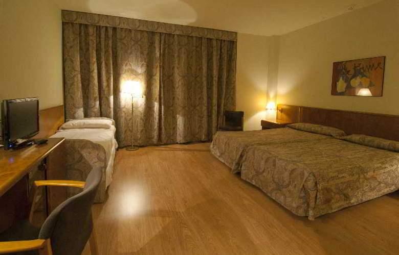 Domo - Room - 13