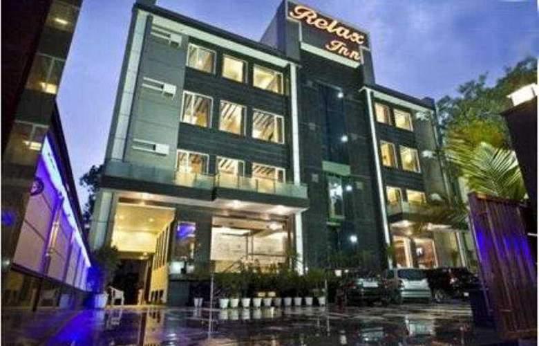 Relax Inn - Hotel - 0
