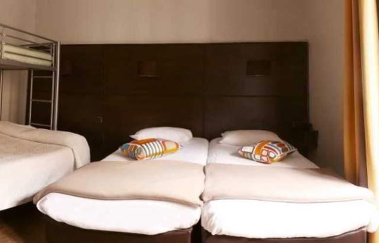 Ambassadeurs Hotel - Room - 4
