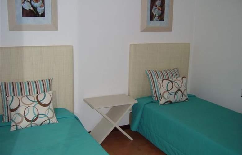 Sol Nascente Apartamentos Turísticos - Room - 0