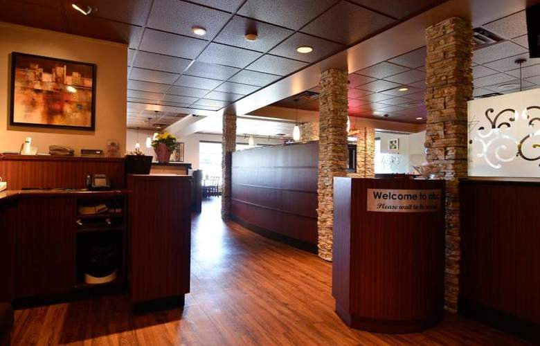 Best Western Langley Inn - Restaurant - 58