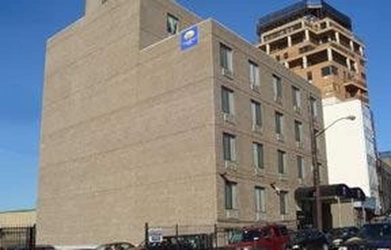 Comfort Inn La Guardia Airport - Hotel - 0