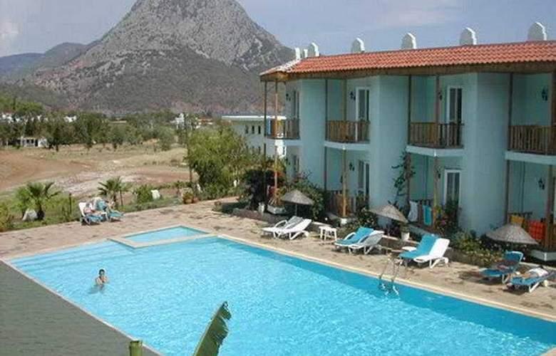 Cengiz Kaan Hotel - Pool - 6