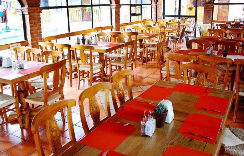 La Abadia Plaza - Restaurant - 22