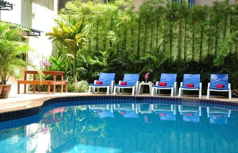 Anchalee Inn Phuket - Pool - 7