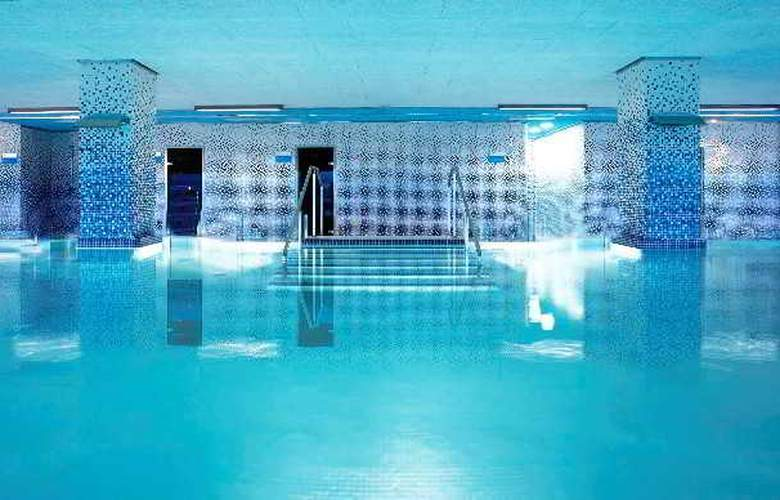 Frontair Congress Barcelona - Pool - 4
