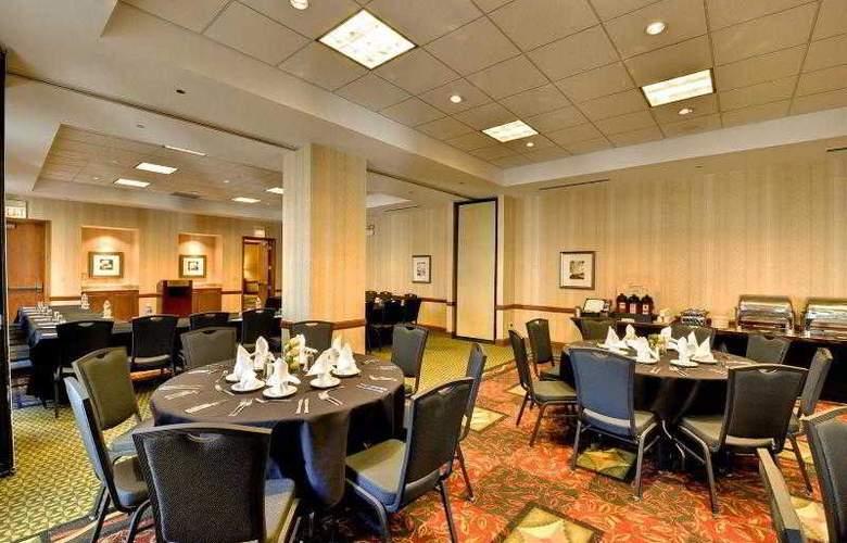 Hilton Garden Inn Chicago Downtown/Magnificent Mile - Hotel - 12