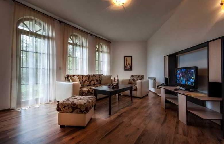 Grand Royale Hotel & Spa - Room - 14