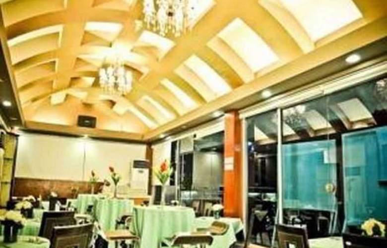 Tri-Place Hotel Quezon - Conference - 4