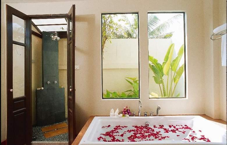 Old Phuket - Karon Beach Resort - Room - 17