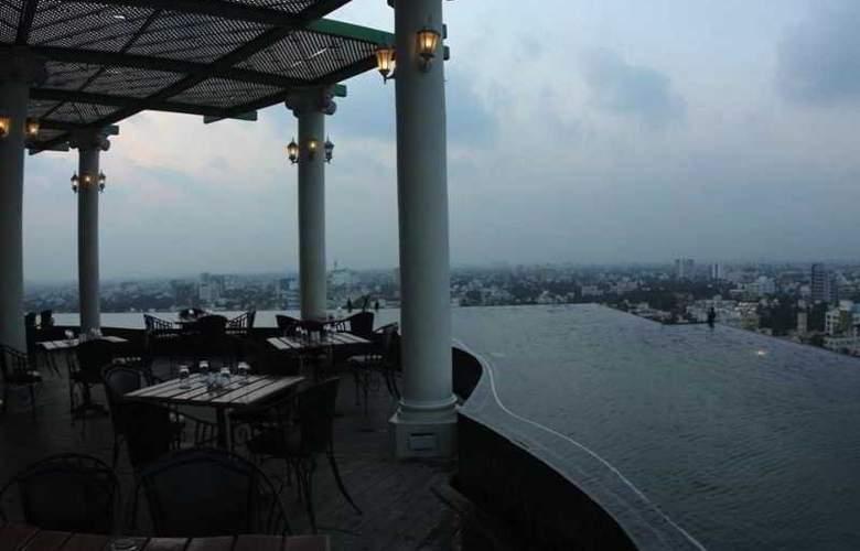 Residency Towers - Restaurant - 38