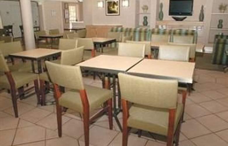 La Quinta Inn San Antonio / Sea World - Restaurant - 8