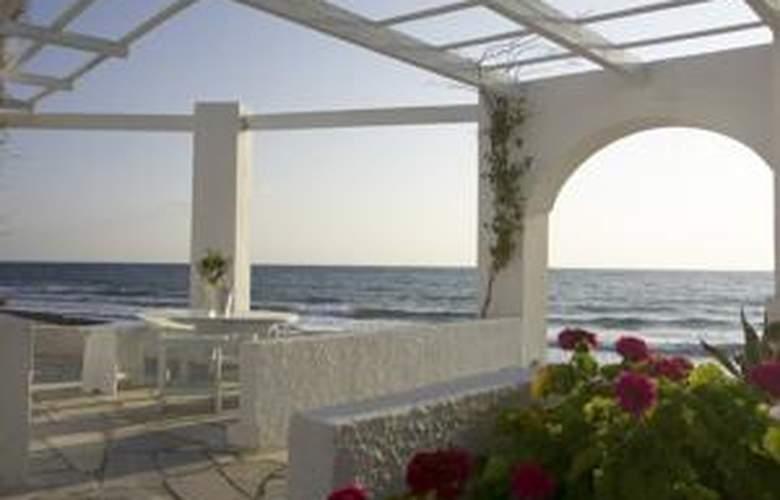 Thalassa Resort Santorini - Terrace - 4