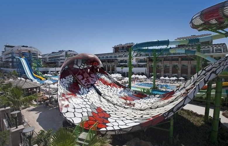 Crystal Waterworld Resort Spa - Sport - 6