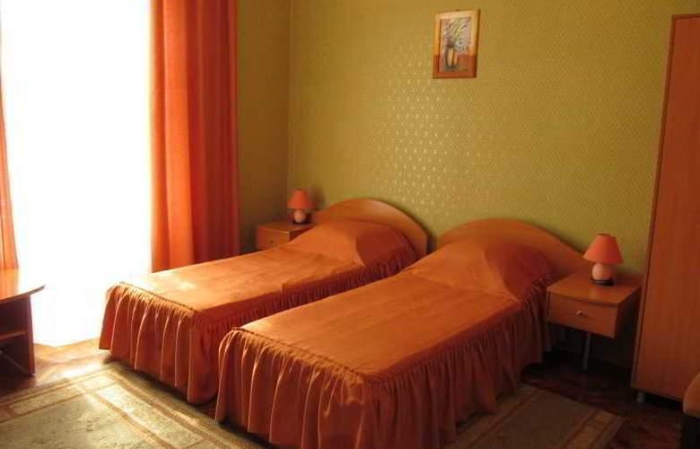 Tsentralnaya Hotel - Room - 2