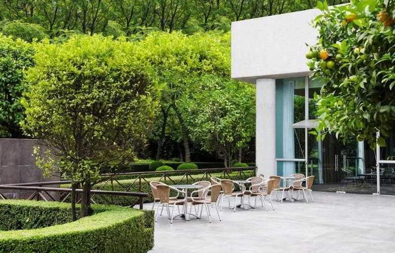 Sheraton Suites Santa Fe - Terrace - 29