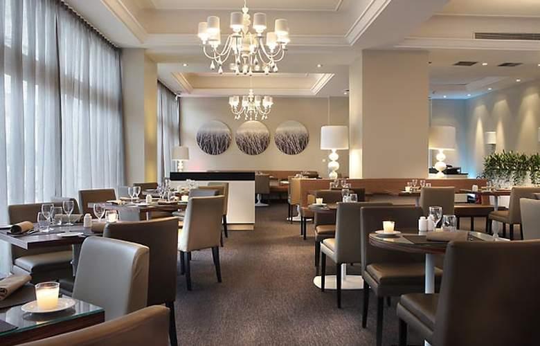 AC Hotel Ambassadeur Antibes - Juan les Pins - Restaurant - 27