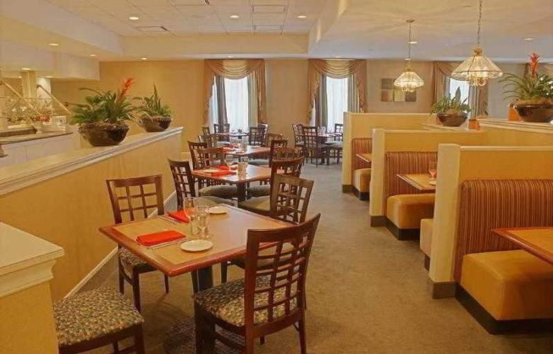 Holiday Inn Georgetown - Hotel - 3