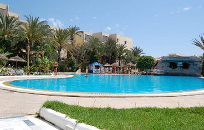 Delphin Plaza - Pool - 3