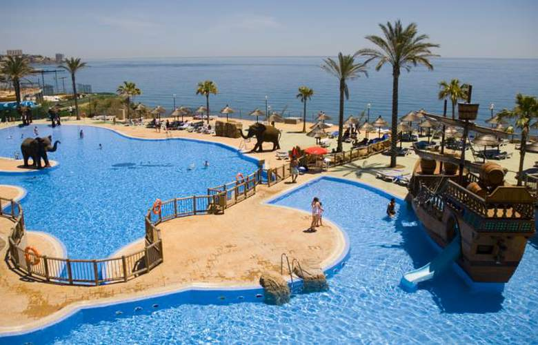 Holiday World Resort - Pool - 27