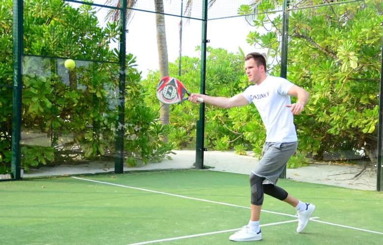 Palm Beach Resort & Spa Maldives - Sport - 28