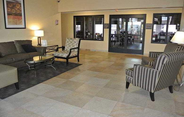 Best Western Town & Country Hotel - Hotel - 21