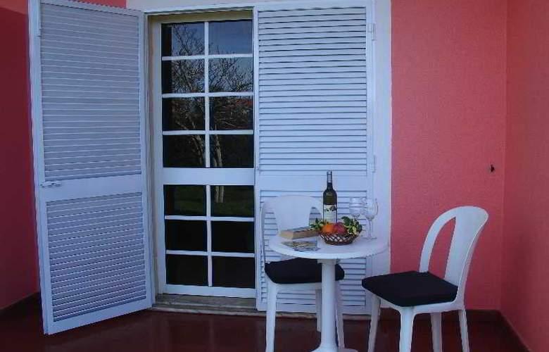 Inn & Art Casa de Chá dos Prazeres - Room - 10
