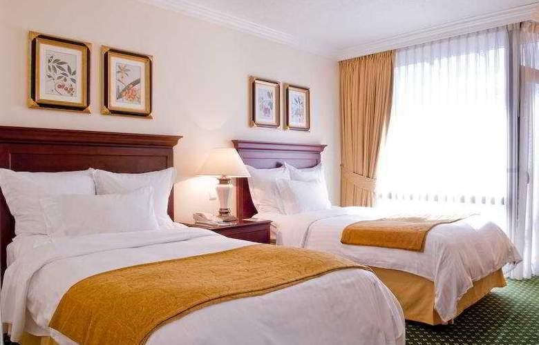 Lisbon Marriott - Room - 1
