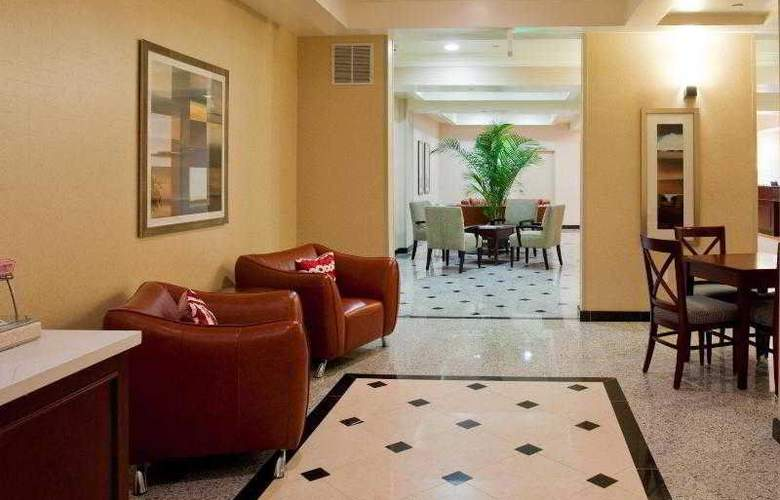 Holiday Inn Express and Suites LAX - Hawthorne - Hotel - 1