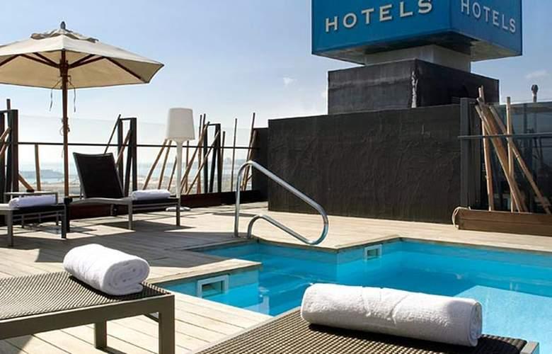 AC Alicante by Marriott - Pool - 38