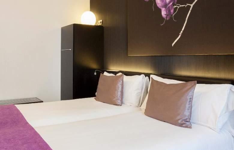 Petit Palace Barcelona Plus - Room - 1