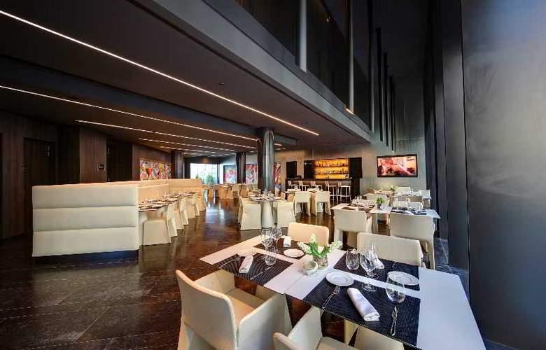 Olivia Balmes - Restaurant - 22