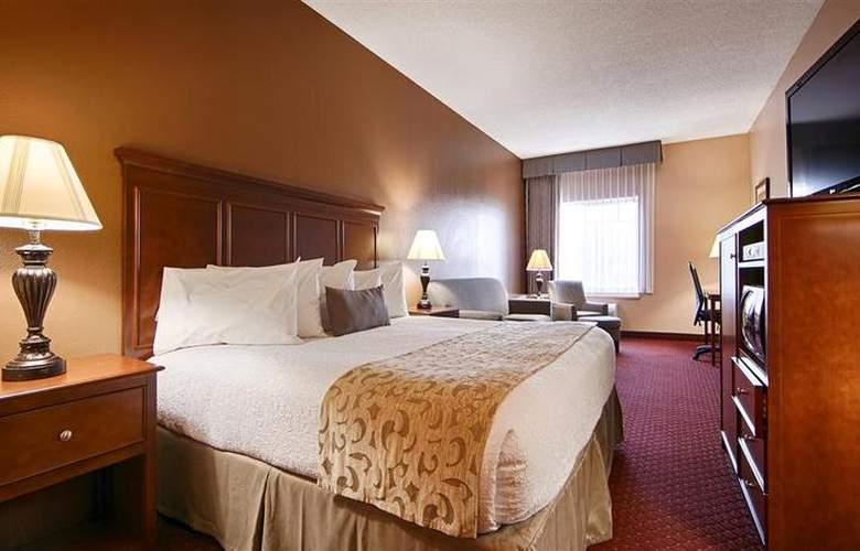 Best Western Plus Golden Lion - Room - 18