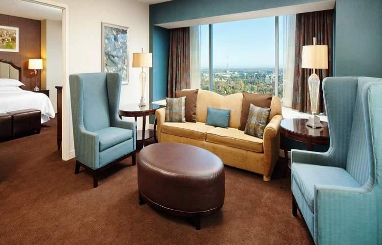 Sheraton Grand Sacramento - Room - 4