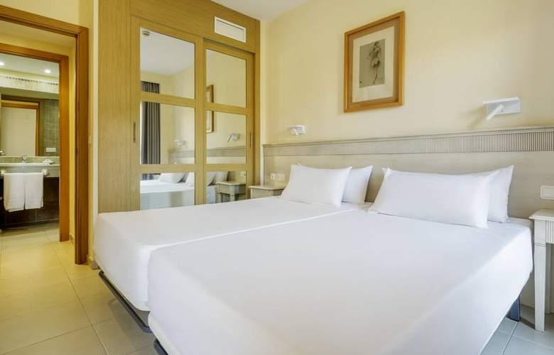 Aparthotel Ilunion Sancti Petri - Room - 1