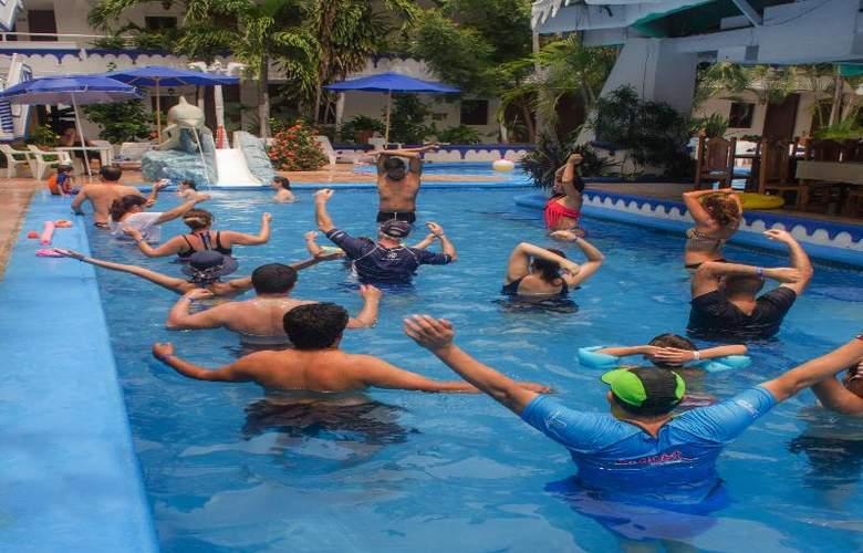 Club Fiesta Mexicana Beach - Pool - 20