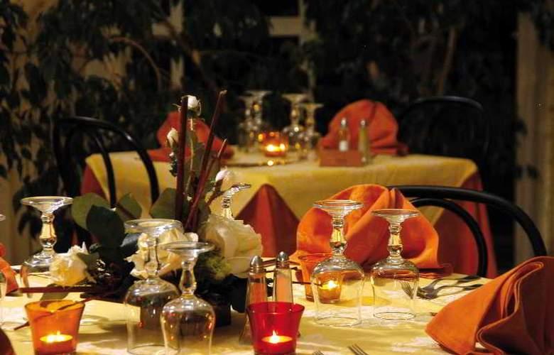 Des Orangers - Restaurant - 7