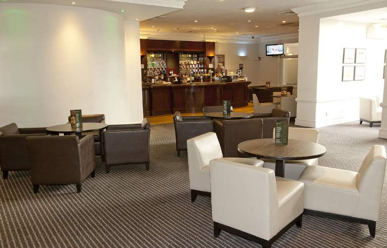Holiday Inn Haydock M6 J23 - Bar - 3