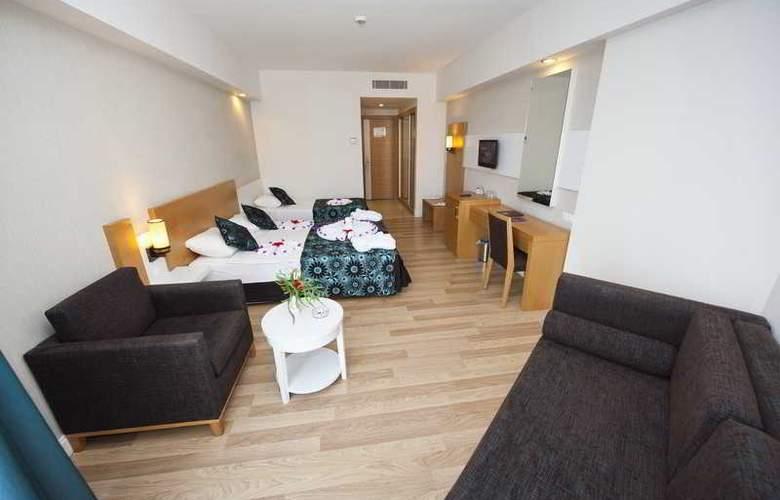 Diamond Beach Hotel - Room - 19