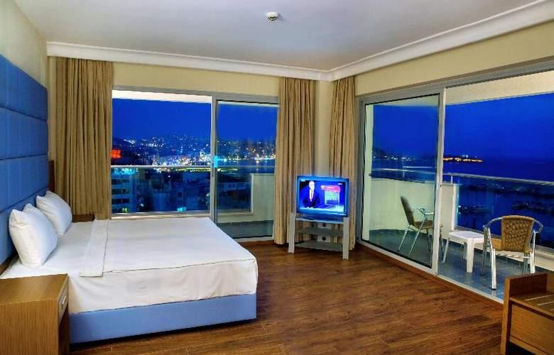Marina Hotel - Room - 17