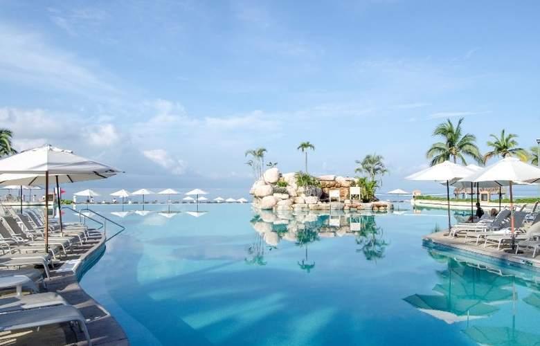 CasaMagna Marriott Puerto Vallarta Resort & Spa - Pool - 3
