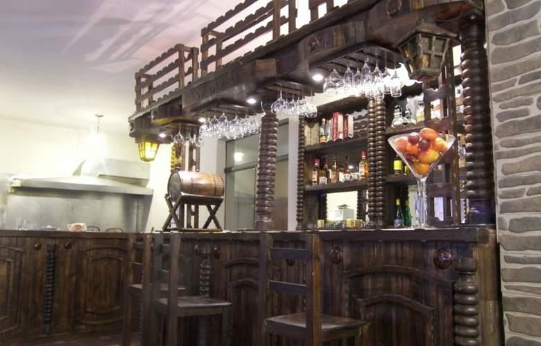 San Francisco Plaza Hotel - Bar - 3